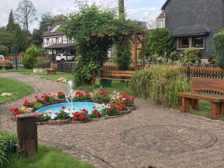 Dorfplatz in Stromberg (Beispiel für Platz in Ruppichteroth)